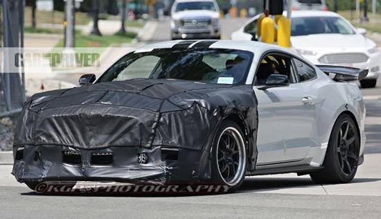 2018 ford mustang shelby gt500 super snake reviews specs interior release date and prices. Black Bedroom Furniture Sets. Home Design Ideas