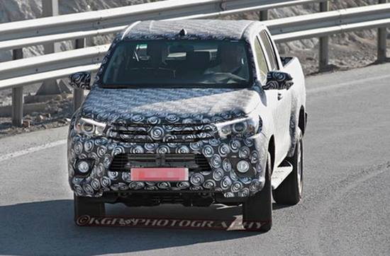 2018 toyota tundra interior. plain tundra 2018 toyota tundra spy photos with toyota tundra interior s