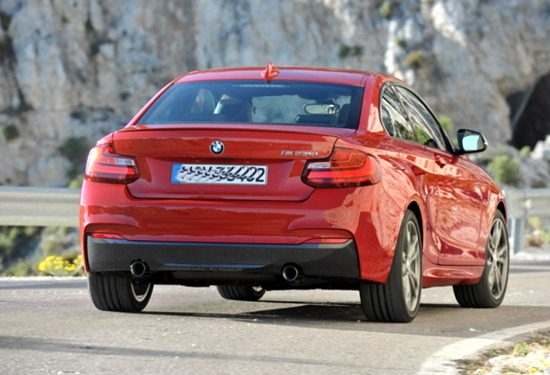 2017 BMW M240i Pictures
