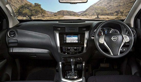 2017 Nissan Navara Interior