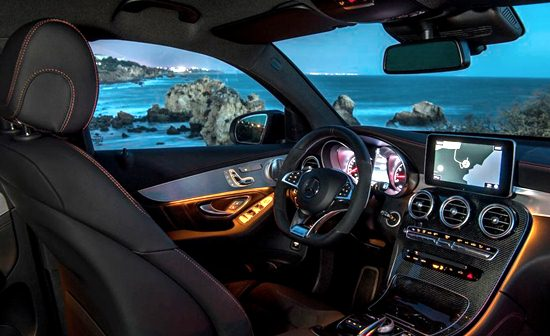 2018 Mercedes GLC Interior