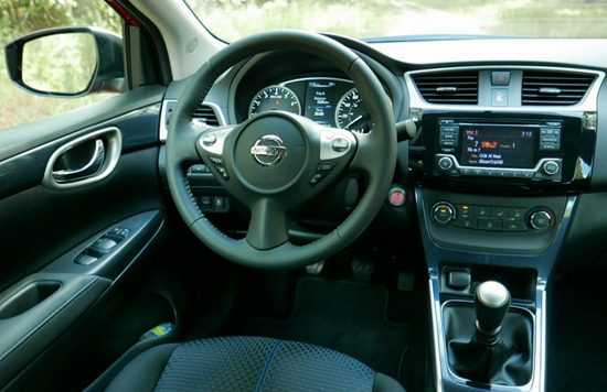 2018 nissan sentra sr turbo reviews specs interior release date and prices. Black Bedroom Furniture Sets. Home Design Ideas