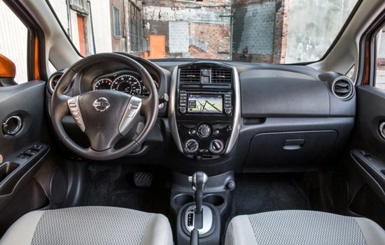 2018 nissan versa note reviews specs interior release date and prices. Black Bedroom Furniture Sets. Home Design Ideas
