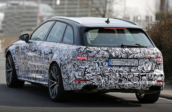 2018 Audi RS4 spy shots