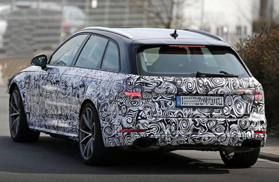 2018 Audi RS4 spy shots
